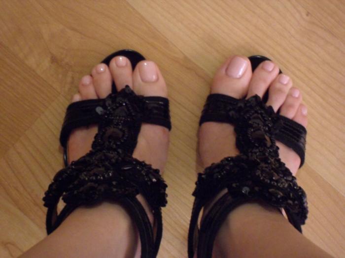 blog_givenchy-heels-natural-manicure