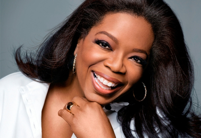 blog_20110413-oprah-whiteshirt-600x411