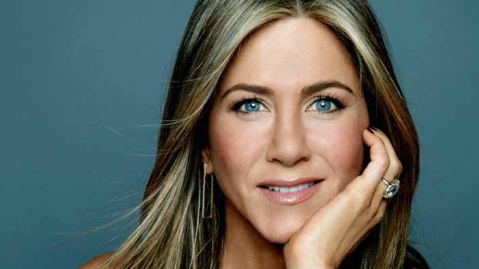 blog_jennifer-aniston-toronto-film-festival-cake-movie