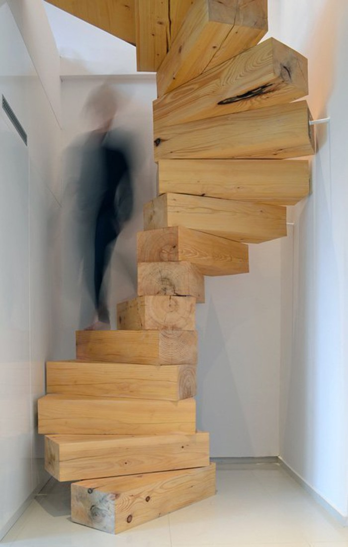 blog_Wooden-staircase-in-Split-Flat-by-QC_dezeen_2