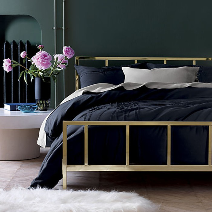 blog_alchemy-shiny-brass-beds
