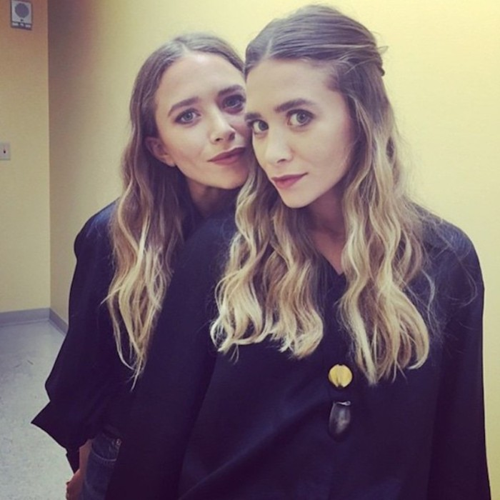 blog_olsen_Olsens-Anonymous-Blog-Style-Fashion-Get-The-Look-New-Instagram-Spottings-Of-Mary-Kate-And-Ashley-Olsen-At-A-Sephora-Event-Mark-Townsend-Ig-Close-Up-Beauty-Long-Wavy-Hair
