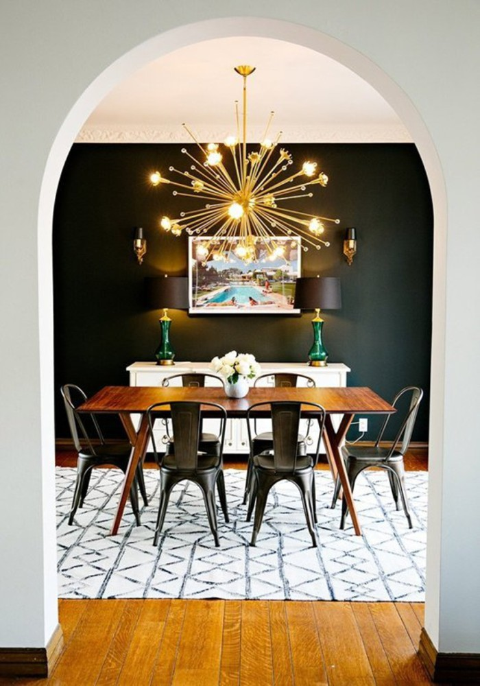 blog_mid-century dining room black wall starburst brass light fixture