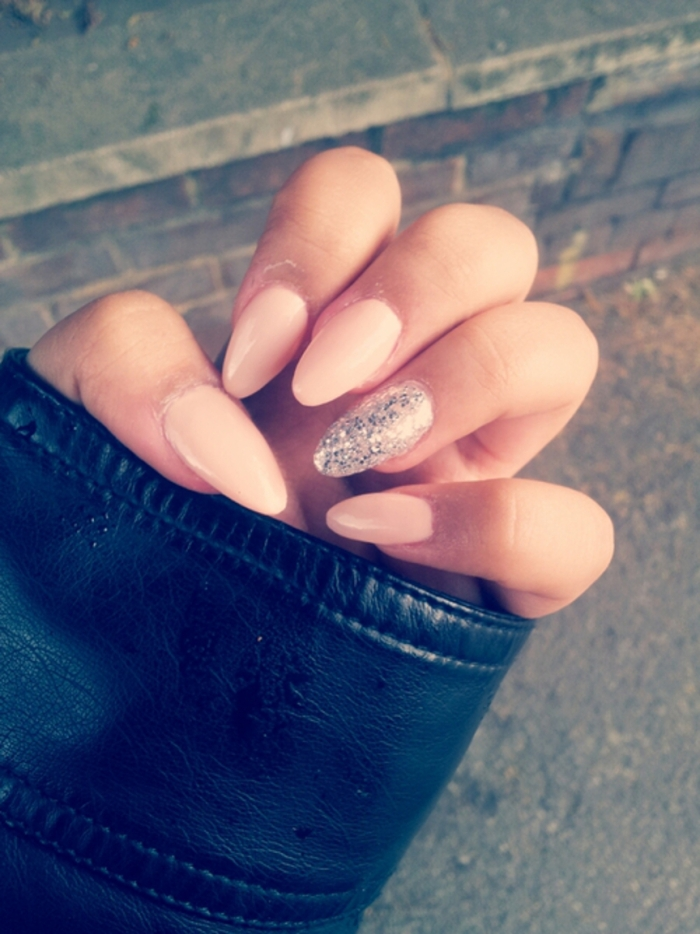 blog_cute-almond-acrylic-nails-tumblrcute-almond-acrylic-nail-designs-tumblr-pictures-ljaa9luk