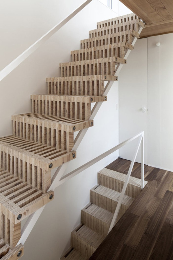 blog_Roundup-Staircases2-12-Jun-Yashiki-Detached-floor-600x900
