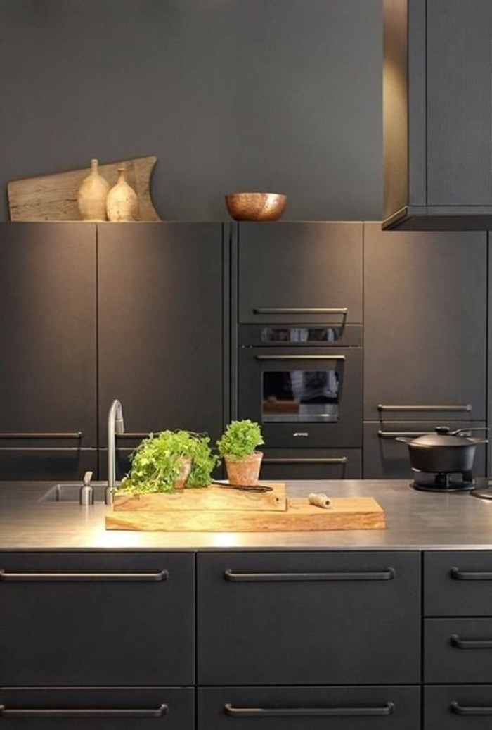 blog_black kitchen slim stainless top